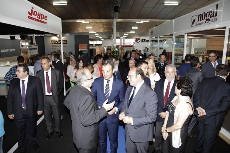 La 54ª Feria del Mueble Yecla recibe cerca de 800 visitas de profesionales del sector en las primeras horas
