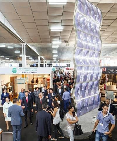 La Feria del Mueble Yecla congrega en tres días a más de 2.700 profesionales del sector procedentes de todo el mundo